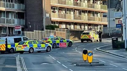İngiltere'de silahlı saldırı: Ölü ve yaralılar var