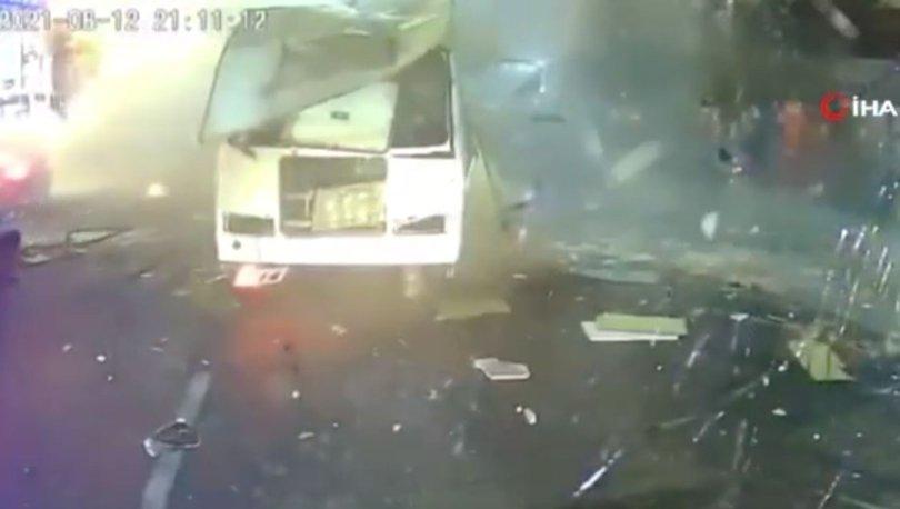 SON DAKİKA: Rusya'da otobüsteki patlama anı kamerada: 2 kişi hayatını kaybetti, 19 kişi yaralı!