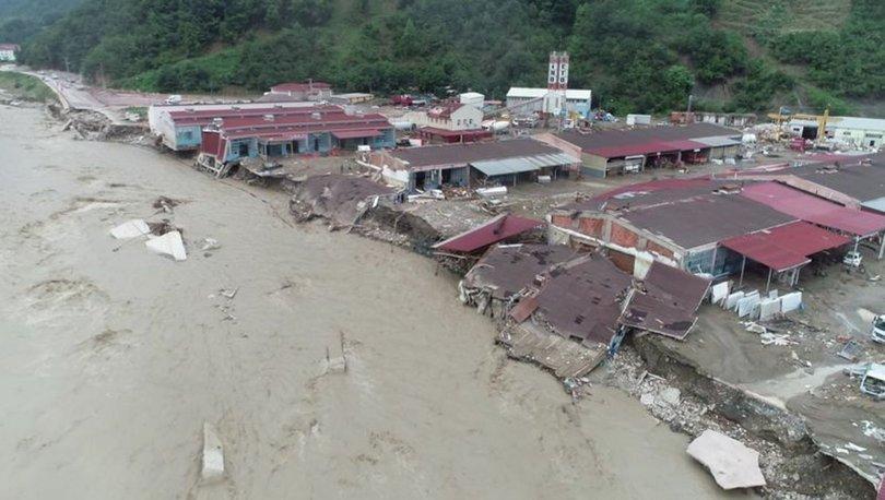 Mehmetçik, sel felaketinde mahsur kalan 545 kişiyi güvenli bölgelere taşıdı