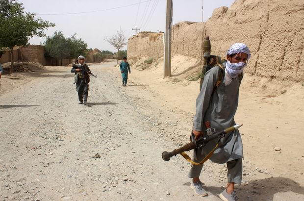 Taliban Celalabad'ı da ele geçirdi