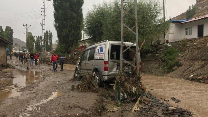 Kars'ın Sarıkamış ilçesindeki selde ilk belirlemelere göre 40 ev ile 6 araç hasar gördü