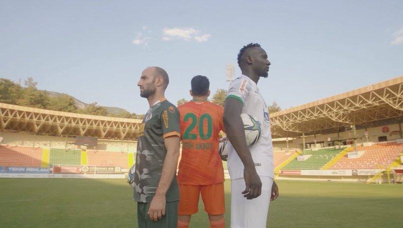 Alanyaspor'un yeni sezon formaları tanıtıldı