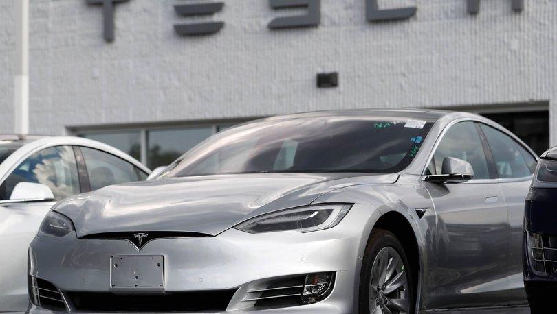 ABD, Tesla'nın otopilot sistemine güvenlik soruşturması başlattı