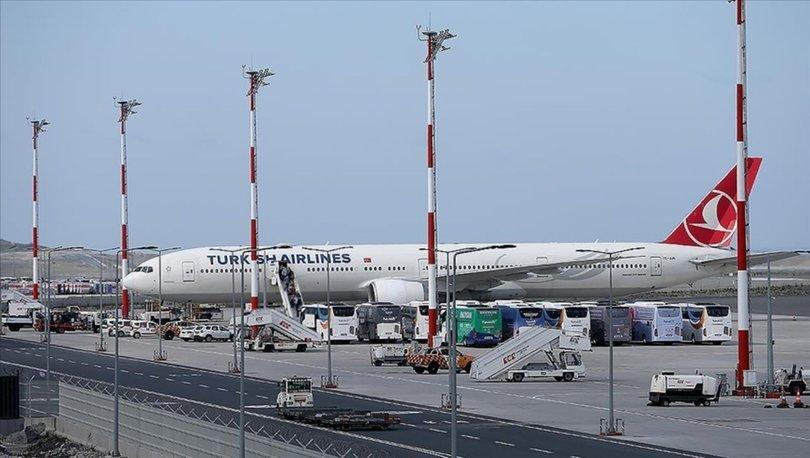 SON DAKİKA HABERLERİ! Kabil'den Türkleri getiren THY uçağı İstanbul Havalimanı'na indi