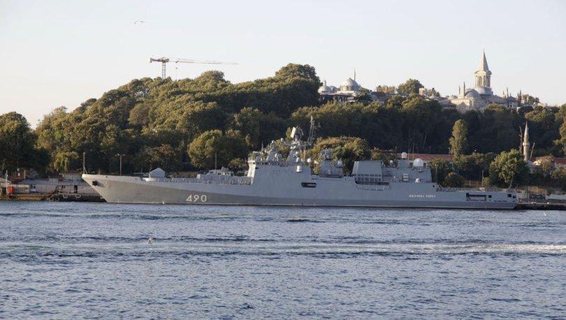Rus savaş gemisi Sarayburnu'na demirledi - Gündem Haberleri