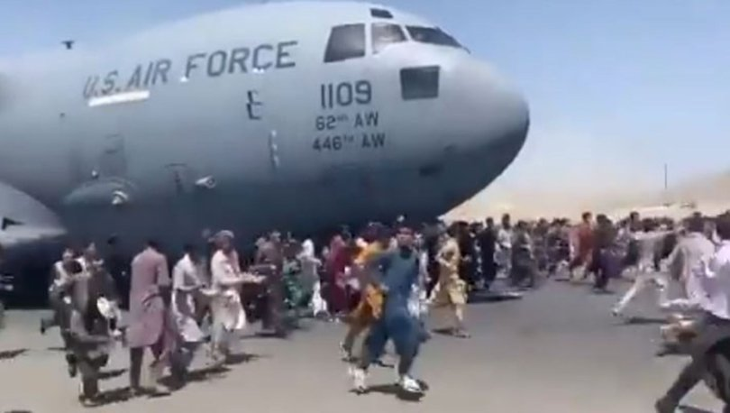 SON DAKİKA: Kabil'den kalkan tahliye uçağının iniş takımlarında insan vücudu parçaları bulundu