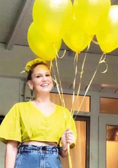 Farah Zeynep Abdullah 32. yaşına bastı! Sevgilisi Efe Çelik'ten sürpriz - Magazin haberleri