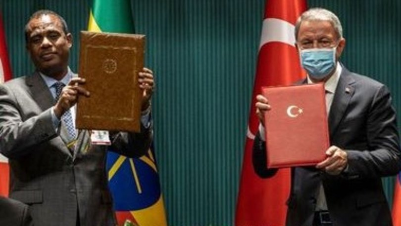 Bakan Akar, Etiyopyalı mevkidaşı Yadeta ile anlaşma imzaladı