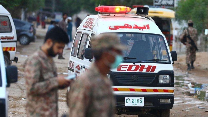 Pakistan'da bombalı saldırı: İlk belirlemelere göre 30 kişi yaralı