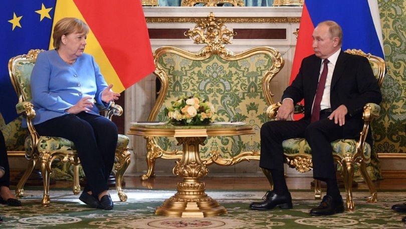 Putin ve Merkel buluştu! Putin: Taliban düşmanlığı sona erdirdi - Son dakika haberleri