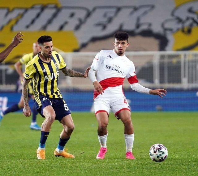Fenerbahçe'nin Antalyaspor maçı muhtemel 11'i