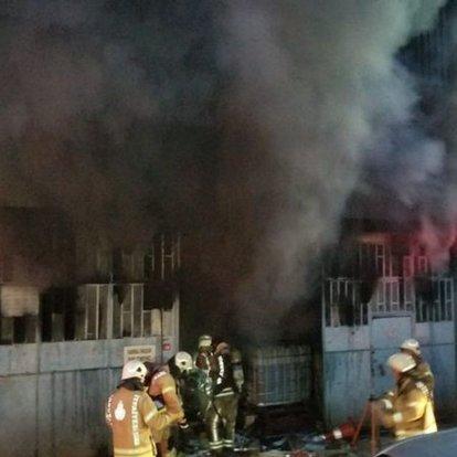 Son dakika... Kağıthane'de 6 katlı plastik ambalaj imalathanesinde yangın