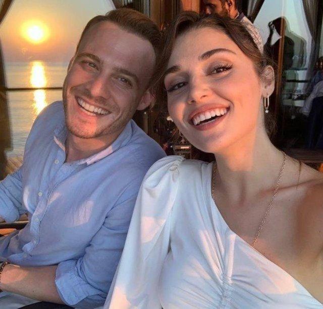 Hande Erçel ile Kerem Bürsin'den el ele tatil pozu - Magazin haberleri