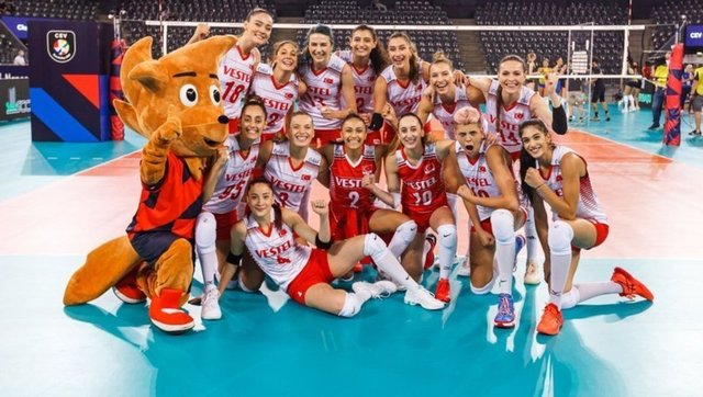 Avrupa Voleybol Şampiyonası 8'li final maçları nerede, ne zaman oynanacak? 2021 CEV Avrupa Voleybol Şampiyonası son 16 turu takımları