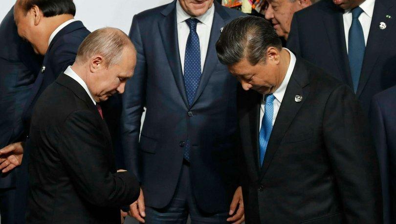 Rusya ve Çin'den Afganistan görüşmesi