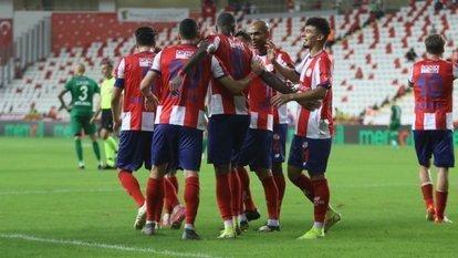 Gol yağmurunu Antalyaspor kazandı