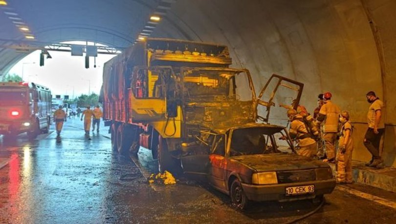 TÜNELDE ÇARPIŞTILAR! Son dakika: Kamyonun çarptığı otomobil alev aldı: 4 ölü! - Haberler