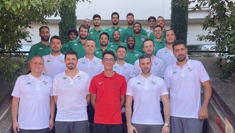 Olimpiyat şampiyonu Mete Gazoz'dan Frutti Extra Bursaspor'a ziyaret