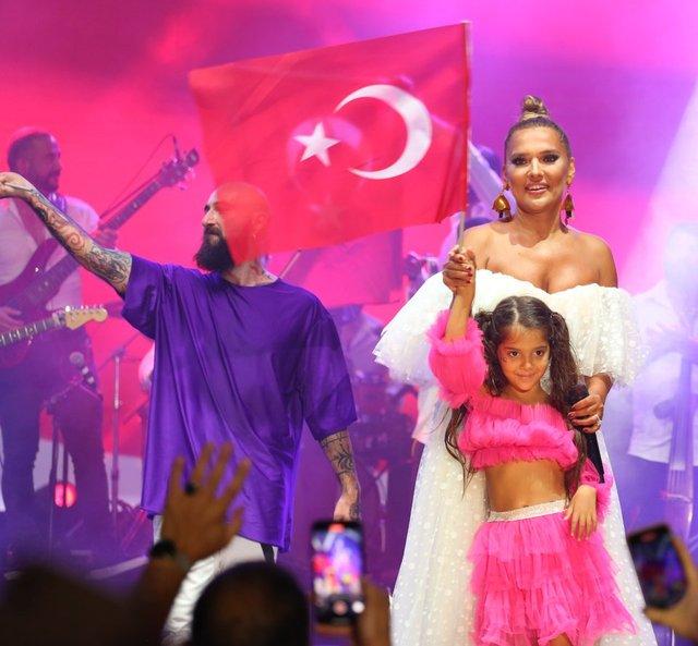 Demet Akalın'dan 'Serenay Sarıkaya' açıklaması: Sözlerim hakaret sayılmadı - Magazin haberleri