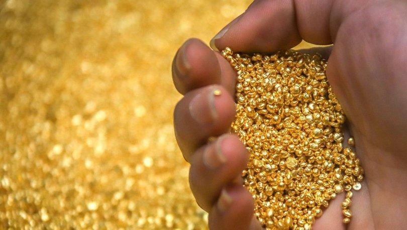 Gram altın dolarla hareket etti