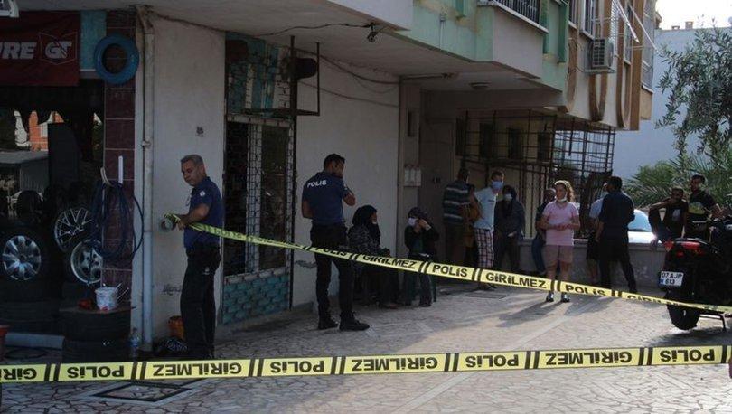 Antalya'da yaşlı adam, satılığa çıkardığı dairesinde ölü bulundu