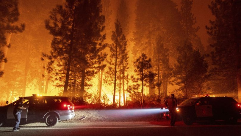 California ve Nevada'da devam eden orman yangınları nedeniyle  acil durum ilan edildi