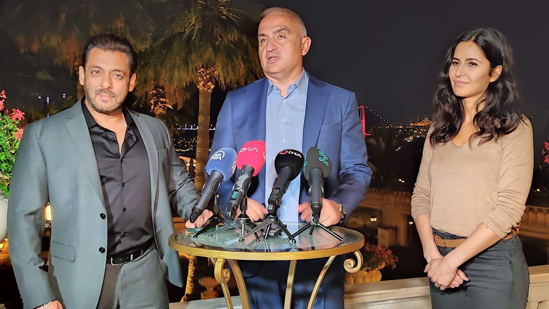 Mehmet Nuri Ersoy, Bollywood'un ünlü oyuncularıyla görüştü