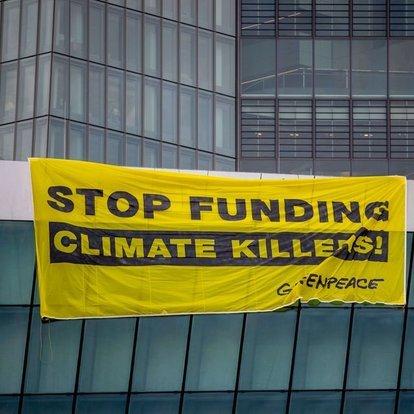 İklim mücadelesi: Almanya'da çevre örgütleri, otomobil şirketlerine dava açıyor