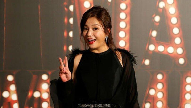 BİR GECEDE... Son dakika: Çinli ünlü oyuncu Zhao Wie'nin tüm programları silindi