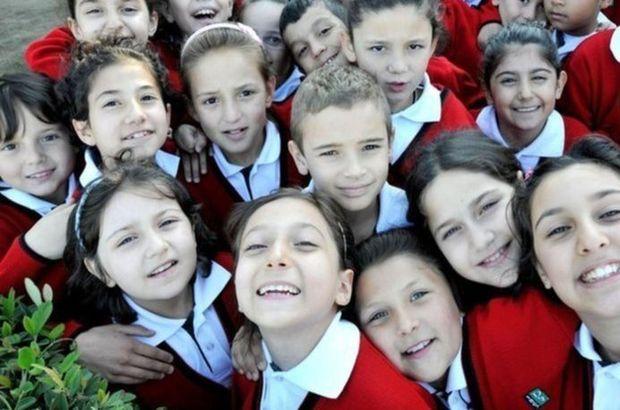 Bakan duyurdu: Okulların başlayacağı tarih...