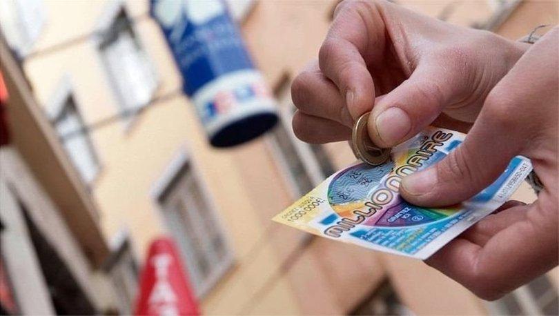 SON DAKİKA: Napoli'de 500 bin euro çıkan kazı-kazanı alıp kaçan bayi işletmecisi kaçarken yakalandı