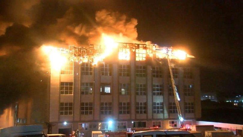 SON DAKİKA: Arnavutköy'de tekstil fabrikasında yangın!