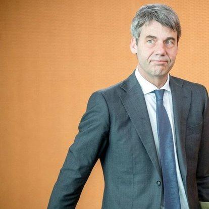 SON DAKİKA: Görevine yeni başlayan Almanya'nın Pekin Büyükelçisi Jan Hecker hayatını kaybetti