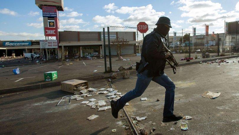 Güney Afrika'nın Johannesburg kentinde son bir haftada üç klinik soyuldu