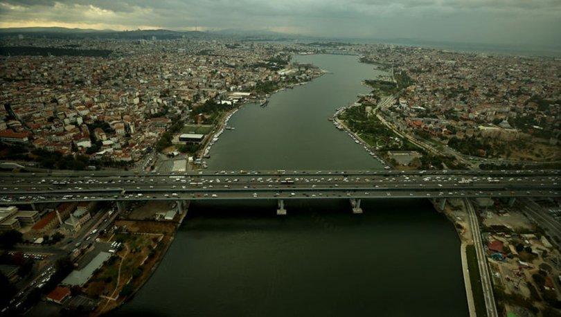 SON DAKİKA! Yoğunluk yüzde 58'i gördü! Okulun ilk günü İstanbul'un trafik raporu