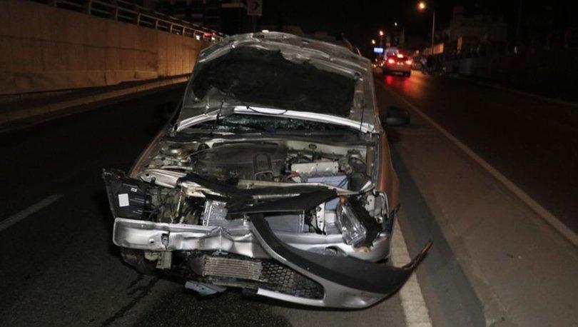 Adana'da hafif ticari aracın çarptığı iki kız kardeş hayatını kaybetti