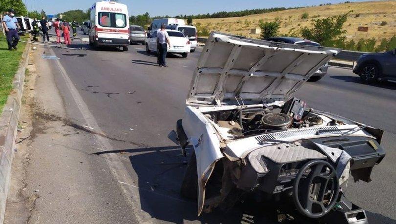 Son dakika Gaziantep'te araç ikiye bölündü: 2 ölü, 2 yaralı