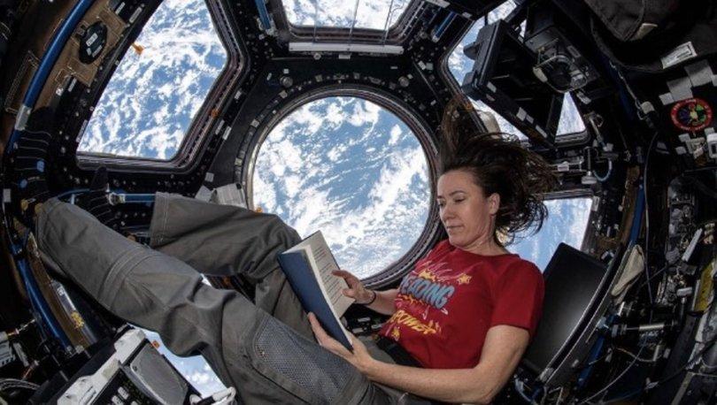 Mental olarak oradayız: Dünya manzarası eşliğinde uzayda kitap okuma