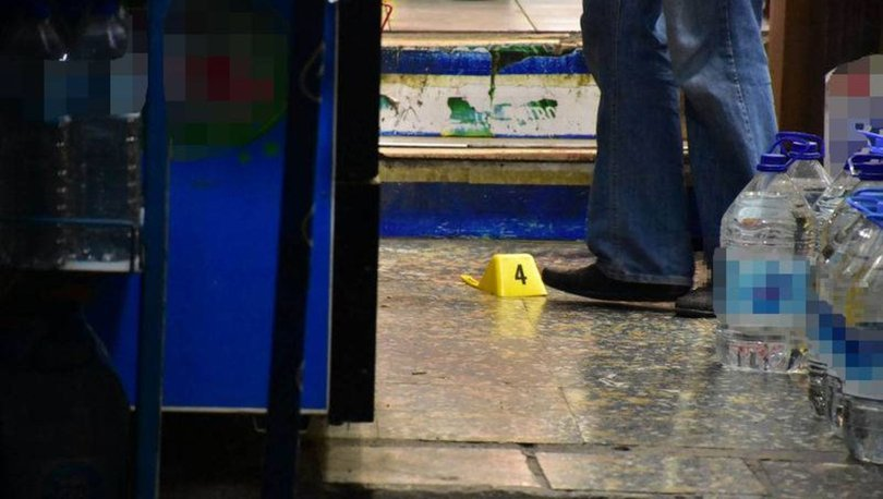 Son dakika: Polise bıçak çekti, vuruldu - İzmir haberleri