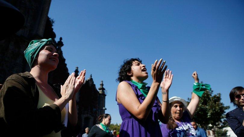 Meksika Ulusal Adalet Yüksek Mahkemesi, kürtaj için cezai yaptırımları anayasaya aykırı buldu