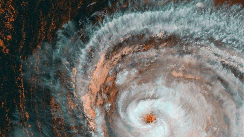 Kanada'yı vurdu... SON DAKİKA: Kasırga böyle görüntülendi!