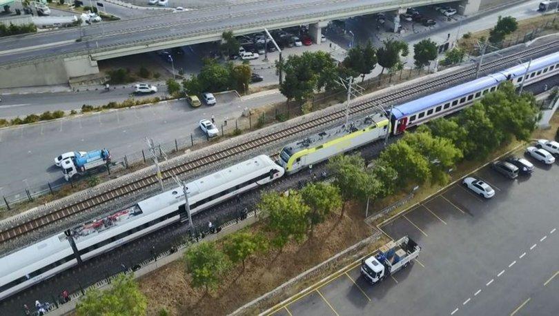 TREN KAZASI... Son dakika: İki tren kafa kafaya geldi! Faciadan dönüldü! - VİDEO HABER