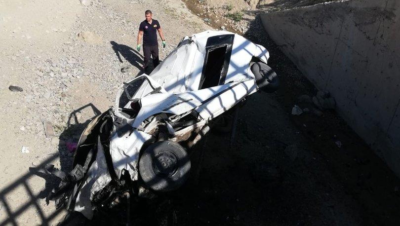 Köprüden düşen minibüsün sürücüsü öldü! - Haberler