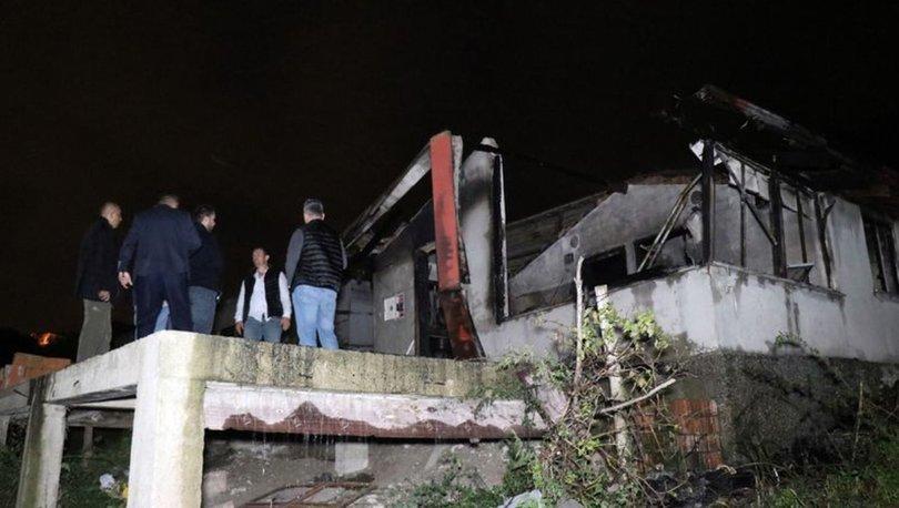 Sakarya'da tek katlı ev küle döndü: 1 kişi yanarak öldü