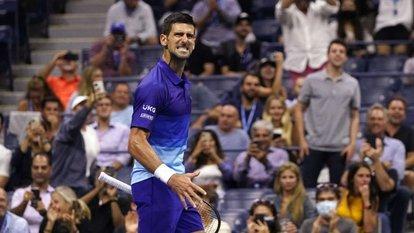 Djokovic ve Sakkari yarı finalde
