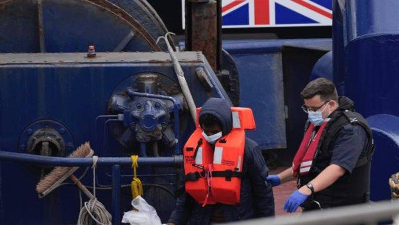 İngiltere'de sığınmacıları taşıyan teknelere
