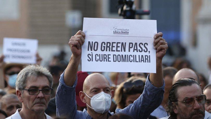 İtalya'da aşı karşıtı bir grubun silahlı saldırı düzenleyeceği iddia edildi