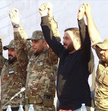 Ülkenin kuzeyinde Suriye Milli Ordusu (SMO) çatısı altında faaliyet gösteren 5 askeri grup, Suriye Kurtuluş Cephesi adıyla birleşti.