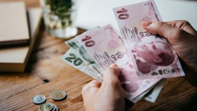 Memur maaşları belli oldu! 2021 en düşük memur maaşı: Öğretmen, polis ve hemşire