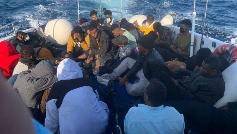 Ayvalık açıklarında 35 kaçak göçmen kurtarıldı